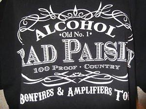 BRAD PAISLEY CONCERT T-SHIRT ALCOHOL BONFIRES AND AMPLIFIERS TOUR SIZE XL BLACK