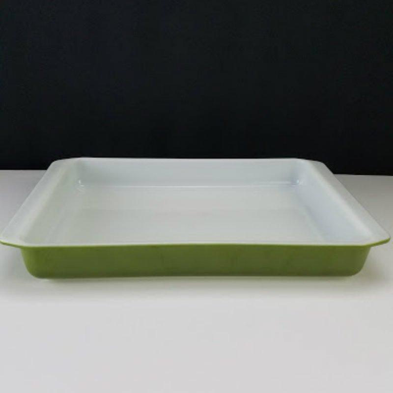"""Vintage Pyrex Verde Avocado Green  #933 Lasanga Baking Dish 9"""" x 13"""""""