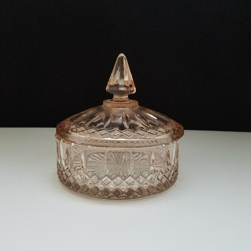 Vintage Indiana Pink Depression Round Glass Candy Dish