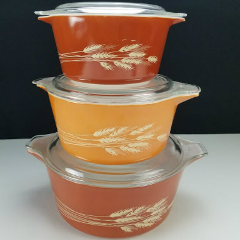 Vintage Pyrex Autumn Harvest Wheat Casserole Dish with Lids Set of 3 #473, #474, #475