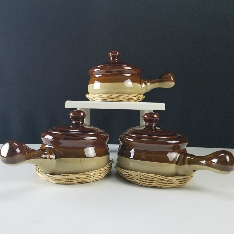 Brown Stoneware French Onion Soup Bowl with Handle, Lid and Wickers Set of 3