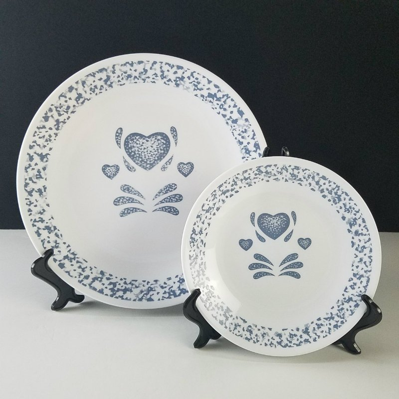 Corelle Blue Hearts Dinner and Bread Plates Set of 6