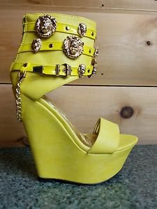 Mona Mia Romina Platform Wedge Ankle Shoes Lion Medallions Chain Powder Yellow
