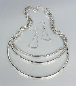 UNIQUE Silver Graduated 3 Layer Drape Metal Box Chains Necklace Earrings Set
