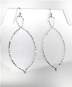 CHIC Lightweight Urban Anthropologie Thin Silver Hammered Metal Dangle Earrings