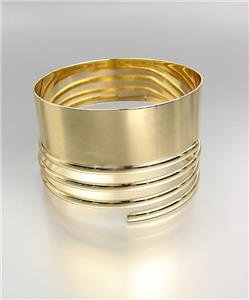 CHIC & STYLISH Smooth Gold Metal Coiled Bangle Bracelet