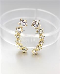 LUXURIOUS 18kt Gold Plated .25ct Graduated CZ Crystals Crescent Stud Earrings