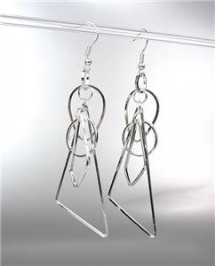 BASKETBALL WIVES Lightweight Silver Metal Geometric Wire Shapes Dangle Earrings