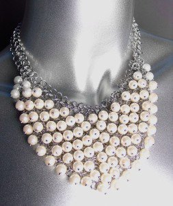 FAB Urban Anthropologie Creme Pearls Cluster Silver Chains Drape Necklace Set
