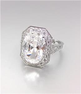 STUNNING 18kt White Gold Plated 12.86 CT Oval CZ Crystals Cocktail Ring