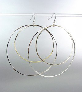 DIVA CHIC Sex and the City Style Large Silver Gold Metal Rings Dangle Earrings