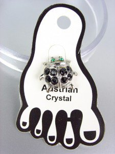 ADORABLE Black Austrian Crystal LADYBUG Lady Bug Invisible PETITE Toe Ring