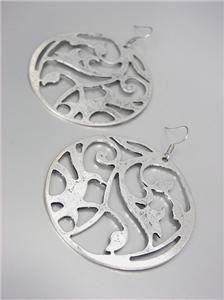 CHIC & UNIQUE Basketball Wives Style Antique Silver Floral Dangle Earrings