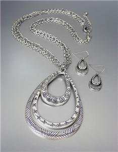 STYLISH Brighton Bay Antique Silver Texture Tear Drop Pendants Necklace Set