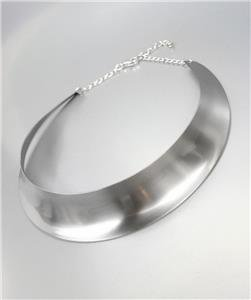 CHIC & SEXY Graduated Satin Silver Curved Metal Collar Choker Necklace
