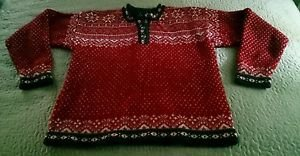 L.L. Bean 100% merino wool silver decorative buttons sweater womens Medium red