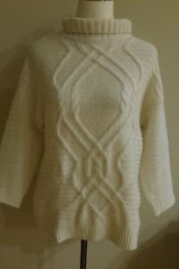 H&M womens turtleneck sweater top ivory