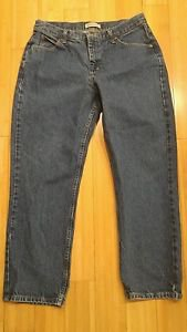 Lee riders relaxed womens jean size 32