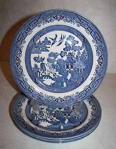 "CHURCHILL England BLUE WILLOW Dinner PLATES 10 3/8"" ~ LOT OF 4 MINT"