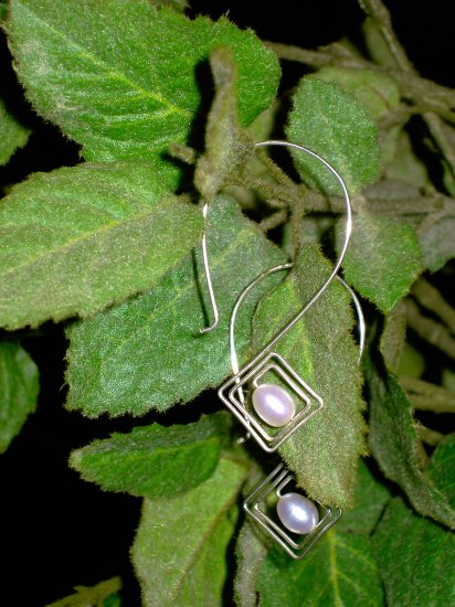 concentric diamond earring