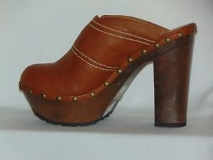 Bonnibel Faux Leather Ankle Slip On Boots Gold Metallic Studs Size 6