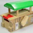 Thomas Train Arlesdale Barrel Co barrel loader Wooden railway roller building