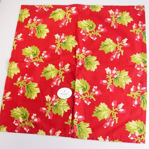 April Cornell Winterberry Cloth napkin red berries green leaves