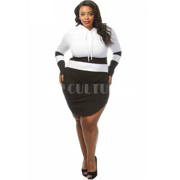 Plus Size Color Block Long Sleeve Hooded Curved Hem Mini Dress (2XL)