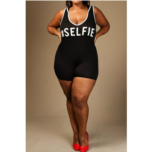 "Plus Size Sleeveless ""#SELFIE"" Hoodie Hooded Romper (3XL)"
