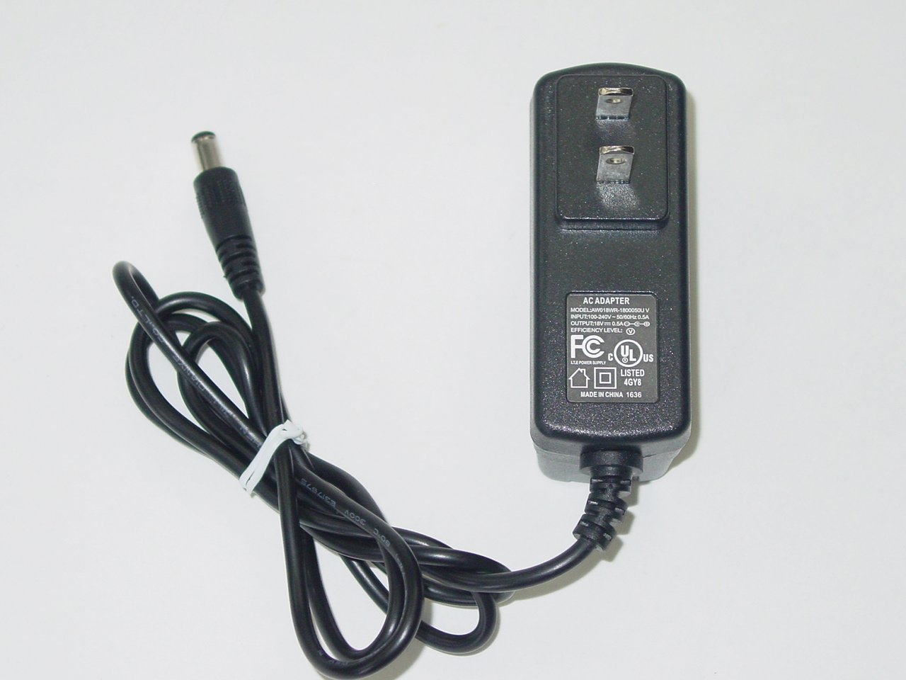 AW018WR-1800050U AC Power Adapter 18V 0.5A