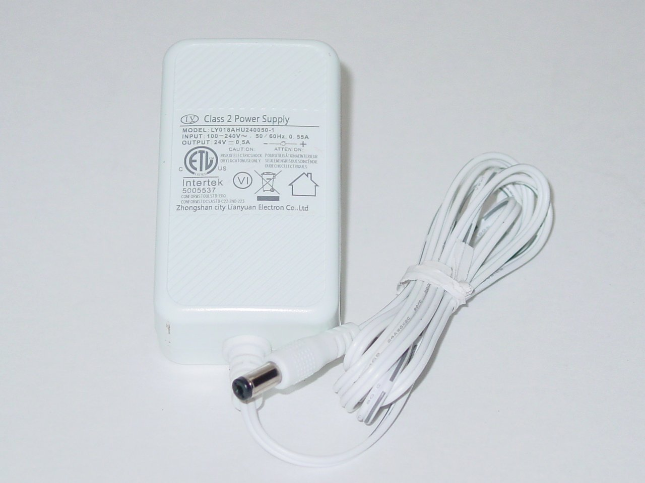 Zhongshan City Electron LY018AHU240050-1 AC Power Adapter 24V 0.5A
