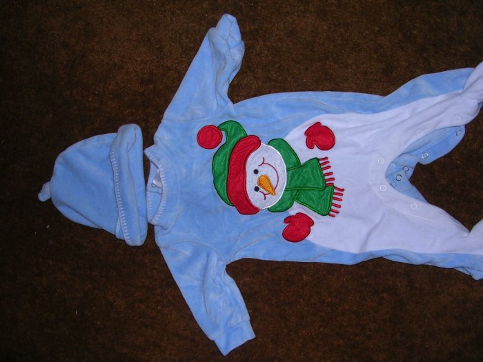 BOYS 0-3 MOS OUTFIT WITH HAT
