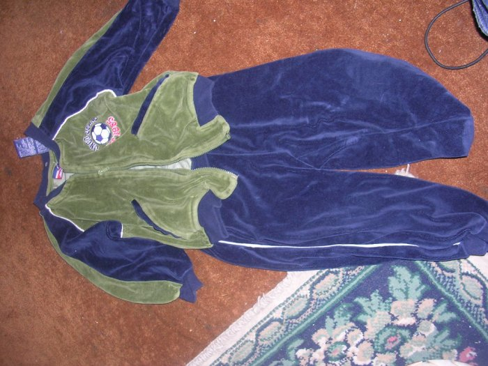 BOYS 3T JNCO OUTFIT.