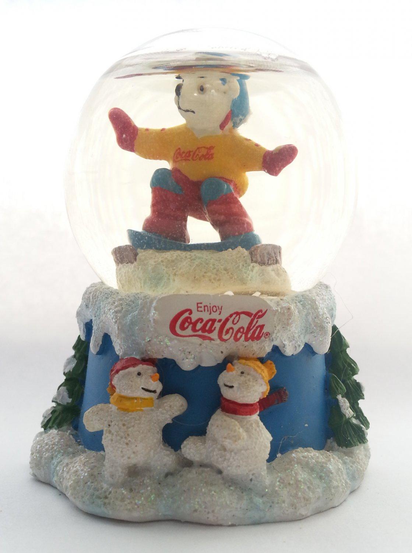 2000 COCA-COLA Winter Magic Glitter Snow Globe