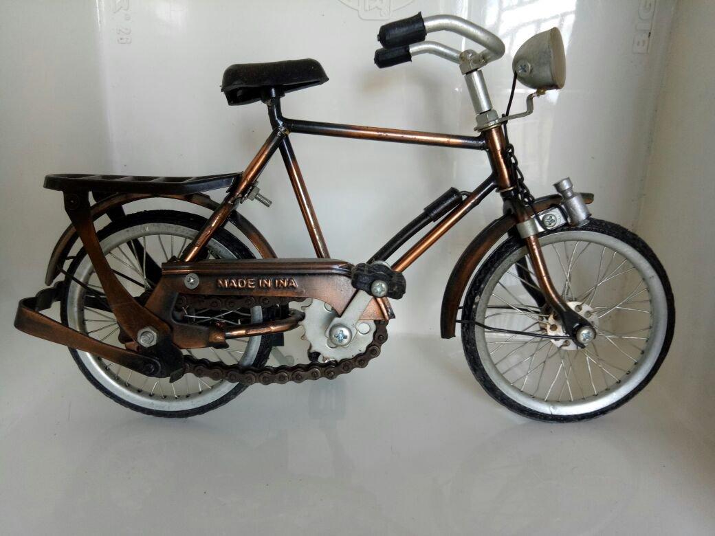 Miniature Onthel ( Java Traditional Vehicle) -