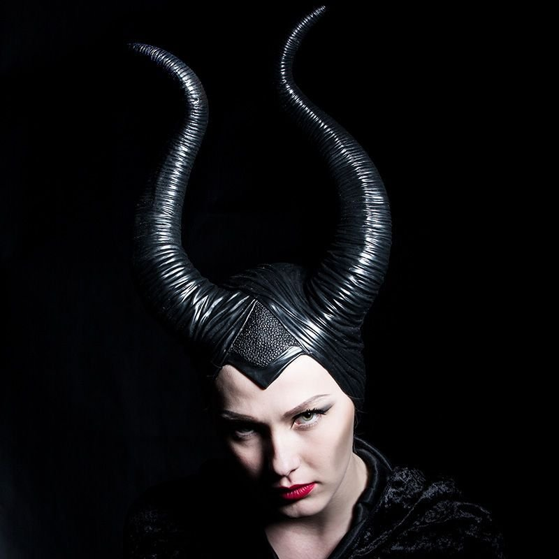 Angelina Jolie Maleficent Horns