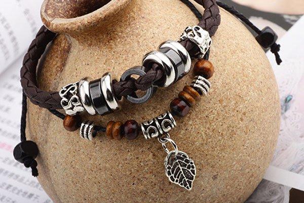 Retro Beads Rope PU Leather Bracelet With Alloy Leaf Pendant