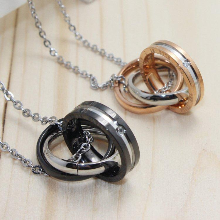New Romantic Triple Rings Interlocking Couple Necklace Jewelry