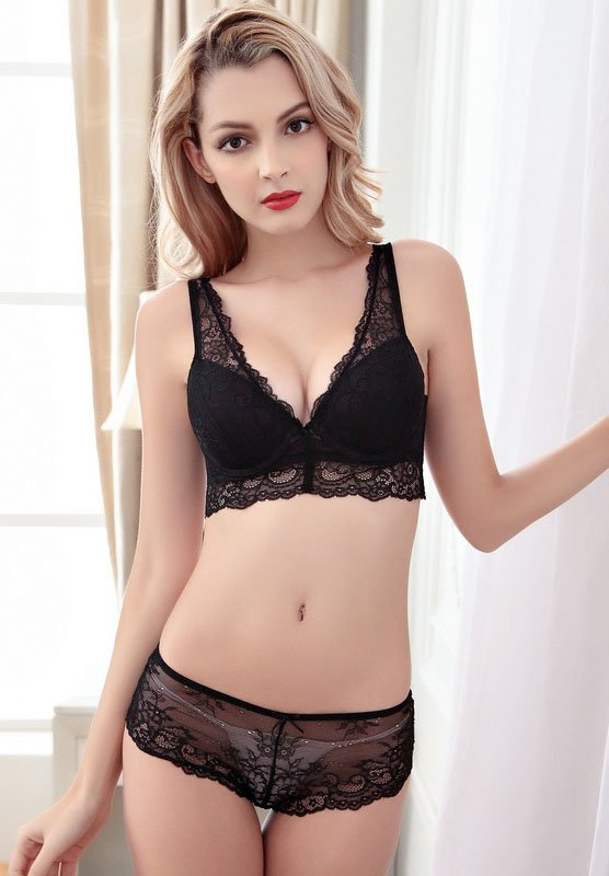 Dark Black Color Sexy Lingerie Gathering Push Up Bra Set