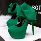 Pointed bow high heels