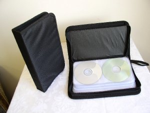 2 CD WALLETS THAT HOLD 72 CDS EACH - JS72