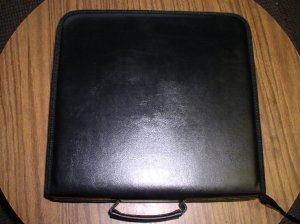 CD WALLET THAT HOLDS 240 CDS - JS73