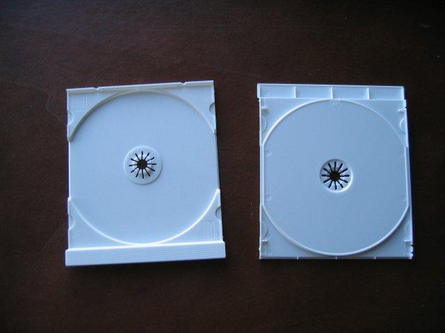 100 SINGLE CD TRAYS - WHITE - LZ01PK