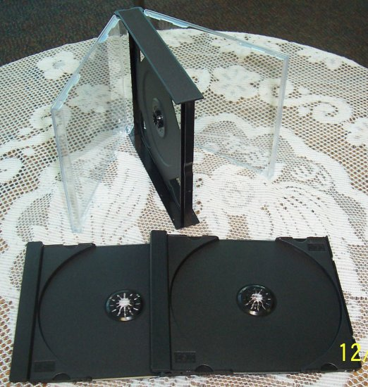 50 QUAD CD CASES WITH 2 BLACK TRAYS EACH - PSC73, PSC74