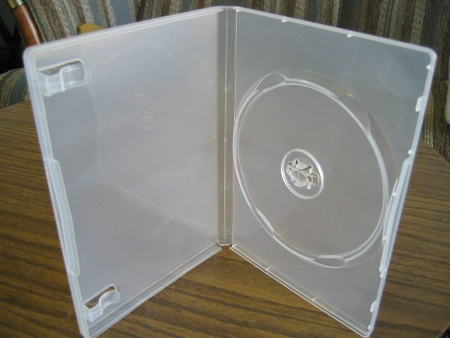 1000 NEW CLEAR SINGLE DVD CASES W/M-LOCK - PSD23M