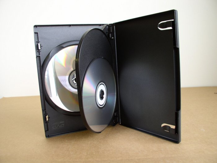 50 SLIM TRIPLE DVD CASE, BLACK, w/ LOGO - PSD54