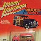 Johnny Lightning Custom Woodys & Panels Pink 1950 '50 Mercury Woody Wagon