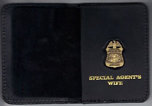FBI Special Agent's Wife Wallet with Antique Mini Badge (from MCO Quantico)