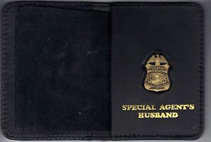 FBI Special Agent's Husband Wallet with Antique Mini Badge (from MCO Quantico)
