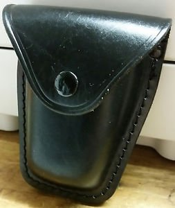 Leather Duty Handcuff Case - used by most police department in the United States
